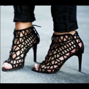 Zara black caged and bow bootie sandals 6.5